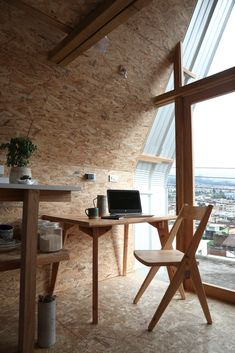 Image 13 of 26 from gallery of Parasite House / El Sindicato Arquitectura. Photograph by Andrés Villota Quito, Urban House, Tiny House France, Cabinet D Architecture, A Frame House, Large Homes, Tiny Homes, Affordable Housing, Bedroom Loft