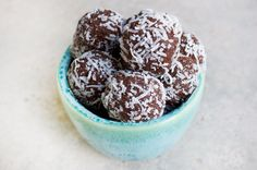 I had to share this delicious and quick power snack that my clients have been loving lately. These sugar free protein balls are so easy to make. I usually make a batch for the week and find they ke…
