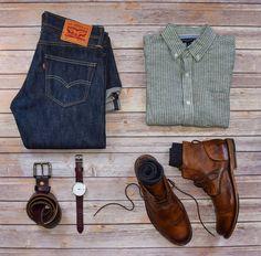"1,770 Me gusta, 23 comentarios - StylesOfMan.com (@stylesofman) en Instagram: ""Nothing like some fresh boots to kick off the week Boots: @sutrofootwear Jeans: @levis Shirt:…"""