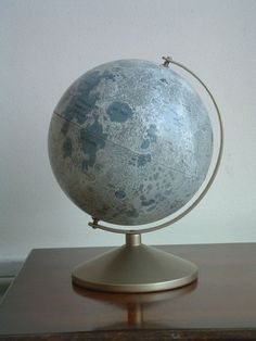 moon globe by Replogle Globe Moon Globe, Cabinet Of Curiosities, World Globes, Oldschool, We Are The World, Interior And Exterior, Lodges, Cool Stuff, Beautiful