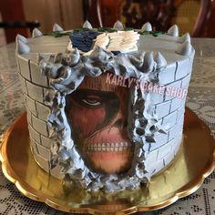 Shingeki No Kyojin Cake Pretty Birthday Cakes, Pretty Cakes, Cute Cakes, Fondant Cakes, Cupcake Cakes, Cute Food, Yummy Food, Anime Cake, Cute Desserts