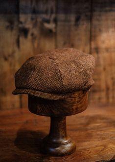 Harris Tweed Waistcoat, English Clothes, Tweed Trousers, Baker Boy Cap, Safari Jacket, Duffle Coat, Boy Blue, Black Linen, Types Of Fashion Styles