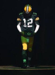 Epic photo of Aaron Rodgers Nfl Football Teams, Packers Football, Football Memes, Football Season, Vikings Football, Sports Memes, Minnesota Vikings, Aaron Rodgers Mustache, Aaron Rodgers Shirtless