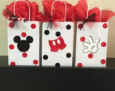Mickey Mouse party favor bags by DivineGlitters on Etsy Mickey Mouse party favor bags by DivineGlitters on Etsy The post Mickey Mouse party favor bags by DivineGlitters on Etsy appeared first on Paris Disneyland Pictures. Mickey Minnie Mouse, Minie Mouse Party, Mickey Mouse Party Favors, Fiesta Mickey Mouse, Mickey Mouse Baby Shower, Mickey Mouse Clubhouse Birthday Party, Mickey Mouse Parties, Mickey Party, Mickey Mouse Birthday