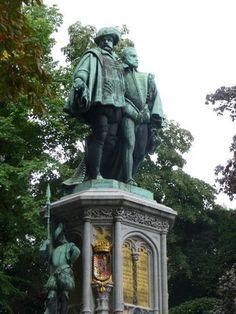 Les comtes d'Egmont et de Hornes - Petit Sablon - Graven van Egmont en Hoorne - Kleine Zavel