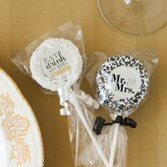 Custom Bridal Sprinkle Oreo Pop Favors for Engagement, Bridal shower, Rehearsal dinner, Wedding (($))