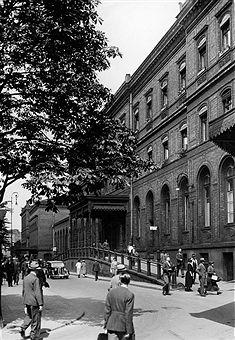 Berlin 1938 Laderampe des Potsdamer Bahnhofs (Westliche Seite).Das war der aelteste Teil des Bahnhofs.Blickrichtung Potsdamer Platz.