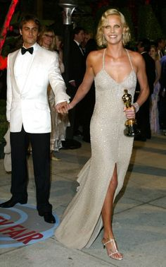 Charlize Theron with her Oscar for 'Monster' at the Vanity Fair Oscar Party in 2004.  Photo: Getty.