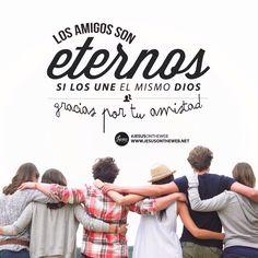 Proverbios 17:17 En todo tiempo ama el amigo, Y es como un hermano en tiempo de angustia.♔