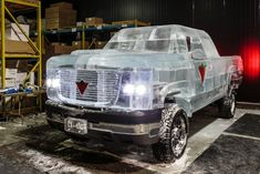 Canadian Tire Makes A Drivable Pickup Truck Out Of Ice - http://www.creativeguerrillamarketing.com/guerrilla-marketing/canadian-tire-makes-drivable-pickup-truck-ice/