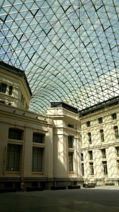 Patio Palacio de Comunicaciones. Ayuntamiendo de Madrid. Madrid, España