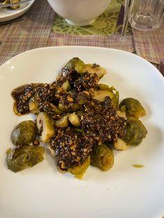 Sprouts, Vegetables, Ethnic Recipes, Food, Essen, Vegetable Recipes, Meals, Yemek, Veggies