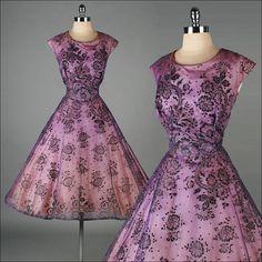 Vintage 1950s Dress  Purple Chiffon  Glitter por millstreetvintage