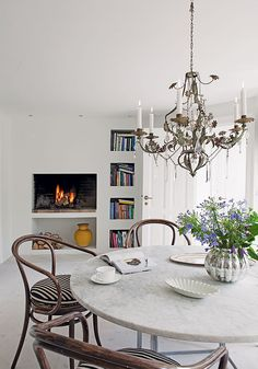modern-dining-room-photo-andreas-mikkel-hansen-bo-bedre
