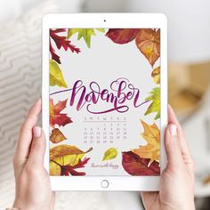 November 2017 Printable Calendar + Tech Pretties.One of my most popular posts each month are these free pretty printables and calendars for your tech!