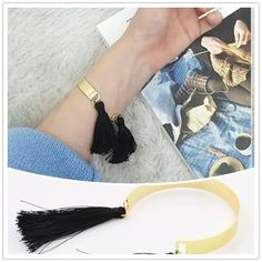 Bracelet jonc pompon noir (1)