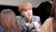 J-Hope ❤ BTS at the Bundang Fansign #BTS #방탄소년단