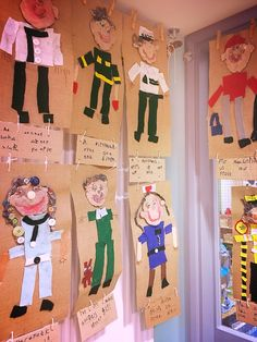 Creating a community helper and describing them is a great way to learn more about them. This can be done as a whole class to share ideas with one another. Community Helpers Kindergarten, Community Jobs, Community Helpers Preschool, Community Workers, 2nd Birthday Boys, Birthday Themes For Boys, Social Studies Communities, Eyfs Activities, Space Activities
