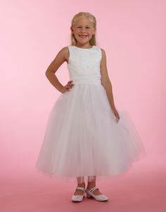 This dress is completely in a class all by itself. The stunning design details will make your little princess captivate the hearts of those who lay eyes on this. White Flower Girl Dresses, Flower Girls, Girls Designer Dresses, Satin Dresses, Little Princess, Bodice, Tulle, Hearts, Couture
