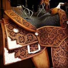 Continental saddle.... In love...