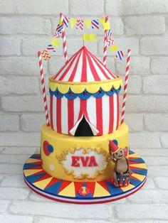 Circus 1st birthday cake - Cake by Gaynor's Cake Creations