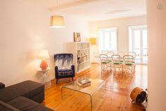 Veja este anúncio incrível na Airbnb: NEW > Spacious and designer duplex - Apartamentos para Alugar em Lisboa