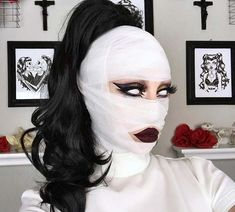 Scary Halloween Makeup Ideas for # Mummy Halloween Makeup Idea; Scary Halloween Makeup Ideas for # Mummy Halloween Makeup Idea; Unique Halloween Makeup, Retro Halloween, Scary Halloween Costumes, Halloween Makeup Looks, Halloween 2018, Halloween Party, Halloween Make Up Scary, Spooky Scary, Halloween Inspo