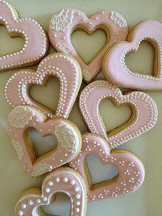 My I 'heart' cookies!  Vanilla cookies with lemon royal icing detail.  https://www.facebook.com/mylittlemod