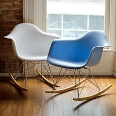 Baxton Studio Letterio Cradle Chair