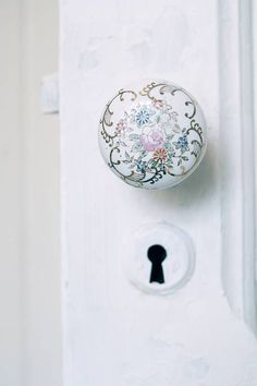 So very French - reminds me of my childhood nursery, filled with storybooks & enchantment. Vintage Door Knobs, Door Knobs And Knockers, Antique Door Knobs, Glass Door Knobs, Black Door Handles, Knobs And Handles, Knobs And Pulls, Wrought Iron Decor, Door Accessories