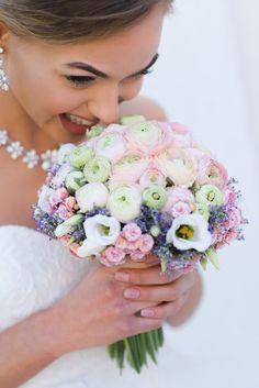 Eine Braut – fünf Looks