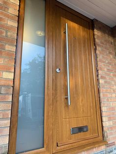 An industry-leading manufacturer of tailor-made composite doors, stable doors and french doors with unmatched strength and security. Oak Front Door, Back Doors, Composite Front Door, Hallway Ideas, Light Oak, Rowan, Windows And Doors, Indiana, Door Handles