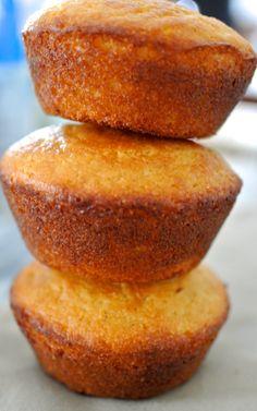 Cornbread muffins (no flour)  2 cups white cornmeal 3 tbsp granulated sugar 2 tbsp baking powder 1/2 tsp baking soda Pinch of salt 7 tbsp unsalted butter, melted 2 eggs 1 1/2 cups buttermilk  Preheat oiled pan Bake at 425