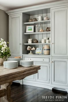 Heidi Piron Design and Cabinetry - gorgeous built-in kitchen dresser painted a soft antique- gray blue - Home Decoration - Interior Design Ideas Home Kitchens, Beach House Kitchens, Kitchen Remodel, Kitchen Design, Kitchen Dining Room, Grey Kitchen Designs, Dining Room Storage, Home Decor, Kitchen Style
