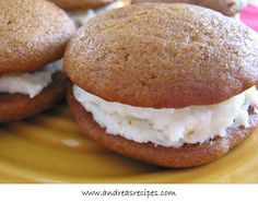 I had Pumpkin Whoopie pies last time I was at my parent's house in Maine.  It was soooo good.  I wonder if this recipe is close.