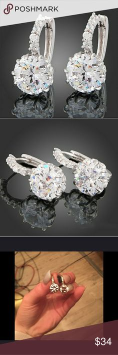 STUNNING .925 STERLING SILVER & CZ EARRINGS STUNNING .925 STERLING SILVER & CZ EARRINGS Jewelry Earrings