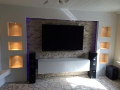 Pictures of your stone walls, gravel beds, Racks, Housing - HIFI-FORUM (Seite Tv Wall Design, Ceiling Design, House Design, Living Room Modern, Interior Design Living Room, Living Area, Muebles Living, Home Remodeling, New Homes