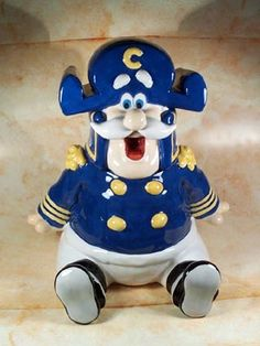 """WANTED:  """"Employees Only"""" Cap N' Crunch cookie jar"""