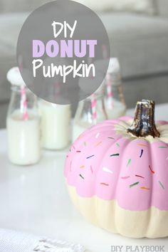 A delicious twist on a fall pumpkin craft. Make a DONUT pumpkin for your next Halloween party. Here's the easy tutorial