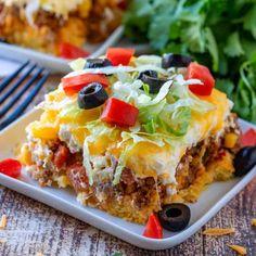 Mexican Cornbread Casserole, Casserole Recipes, Taco Bake Casserole, Taco Bake Recipes, Easy Cornbread Recipe, Cornbread Salad, Cornbread Mix, Bean Casserole, Beef Dishes