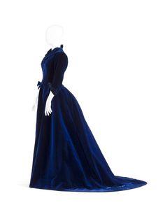 Dress, (Anna Fridrica) Wilhelmina von Hallwyl, by Bon Marche: ca. 1880's, silk velvet, lined with cotton satin.