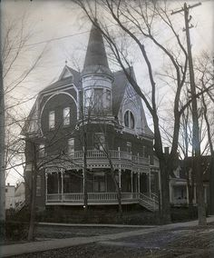 Tabulous Design: Victorian Gothic: Spooky Style