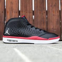 Different Types of Sneakers Foot Games, Jordan 9 Retro, Nike Air Jordans, Jordan Shoes, Running Shoes, Footwear, Sneakers Nike, Pairs, Mens Fashion