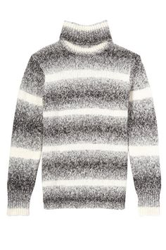 Cozy Sweaters - Comfortable Knitwear