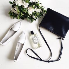 Lovely flatlay via @talisa_sutton featuring our Lori Flat Point (pictured in white, also available in black). #regram #seedheritage #aw15
