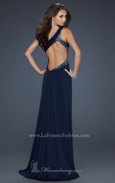 Love the back of this one shoulder dress