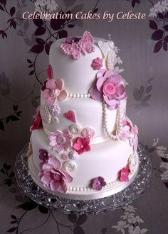 vintage style cakes | Vintage style wedding cake