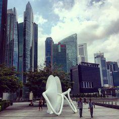 Ling Ting 2 by Chen Sai Hua Kuan #art #sculpture #architecture #cityscape #skyscraper #singapore #southeastasia #asia #travel