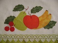Resultado de imagem para pano de prato com aplique em patchwork