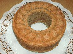 Nusskuchen (Rezept mit Bild) von mary-jane24 | Chefkoch.de (schnell, einfach und lecker, aber 150 g Zucker tun es auch!)
